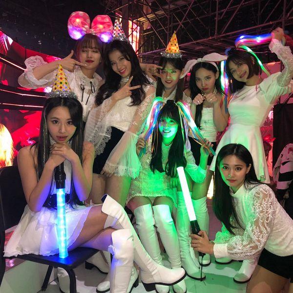 Tags: K-Pop, Twice, Kim Dahyun, Im Nayeon, Tzuyu, Son Chaeyoung, Myoui Mina, Yoo Jeongyeon, Jihyo, Minatozaki Sana, Hirai Momo, Black Shorts