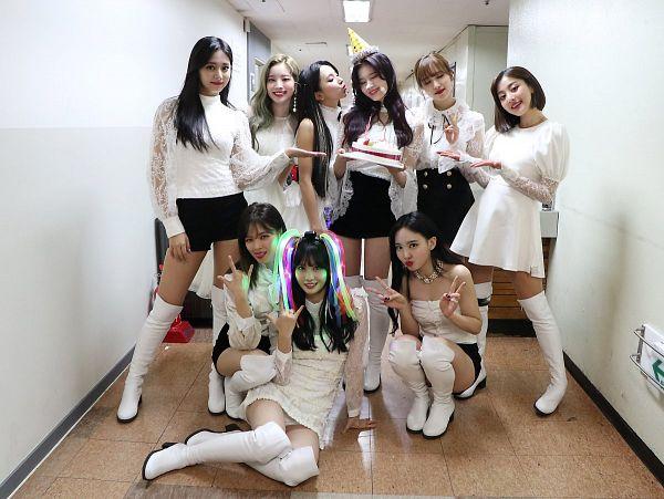 Tags: K-Pop, Twice, Im Nayeon, Tzuyu, Son Chaeyoung, Myoui Mina, Yoo Jeongyeon, Jihyo, Minatozaki Sana, Hirai Momo, Kim Dahyun, Cake
