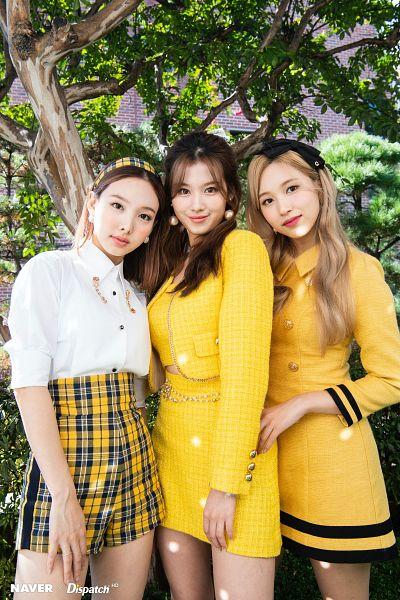 Tags: K-Pop, Twice, Minatozaki Sana, Im Nayeon, Myoui Mina, Dispatch