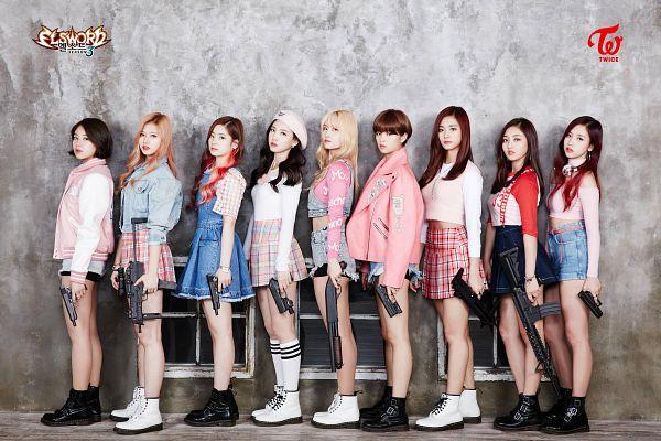 Tags: K-Pop, Twice, Yoo Jeongyeon, Jihyo, Minatozaki Sana, Hirai Momo, Kim Dahyun, Im Nayeon, Tzuyu, Son Chaeyoung, Myoui Mina, Blonde Hair