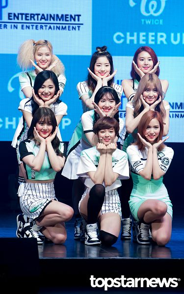 Tags: K-Pop, Twice, Jihyo, Minatozaki Sana, Hirai Momo, Kim Dahyun, Im Nayeon, Tzuyu, Son Chaeyoung, Myoui Mina, Yoo Jeongyeon, Stage