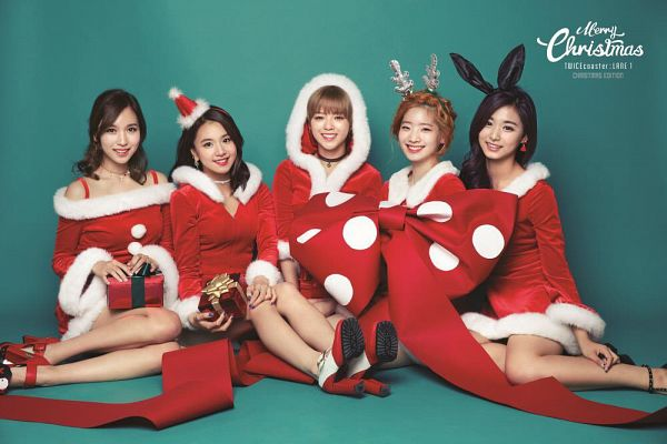 Tags: JYP Entertainment, K-Pop, Twice, Son Chaeyoung, Tzuyu, Yoo Jeongyeon, Kim Dahyun, Myoui Mina, Quintet, Animal Ears, High Heels, Five Girls
