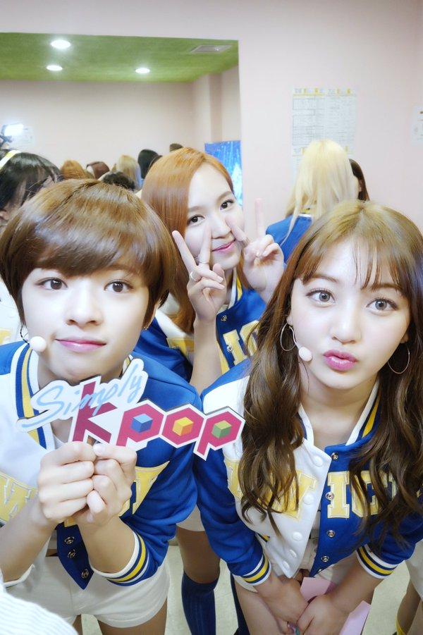Tags: K-Pop, Twice, JYP Entertainment, Jihyo, Yoo Jeongyeon, Myoui Mina, Backstage