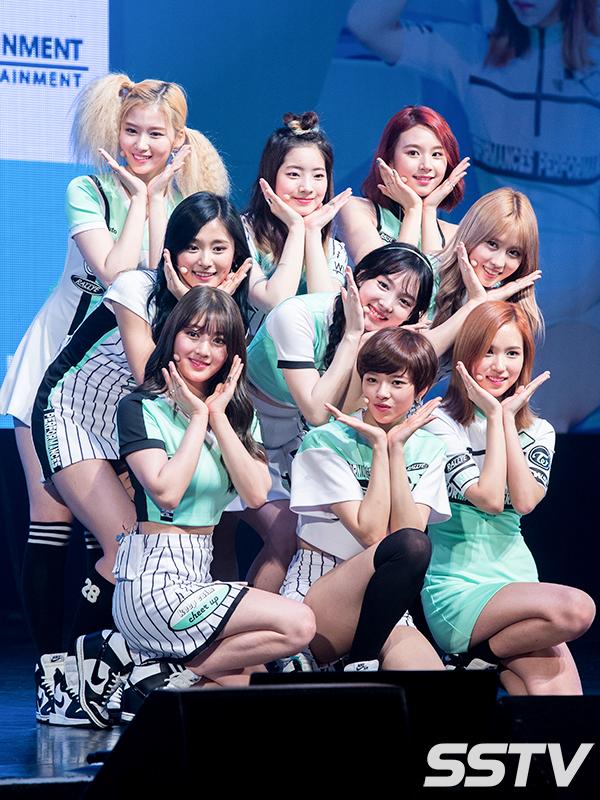 Tags: K-Pop, Twice, Myoui Mina, Yoo Jeongyeon, Jihyo, Minatozaki Sana, Hirai Momo, Kim Dahyun, Im Nayeon, Tzuyu, Son Chaeyoung