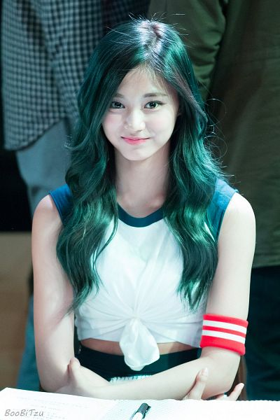 Tags: K-Pop, Twice, Tzuyu, Chair, Looking Up, Blue Hair, Black Eyes, Sitting On Chair, Sleeveless, Bare Shoulders, Crossed Arms, Shorts