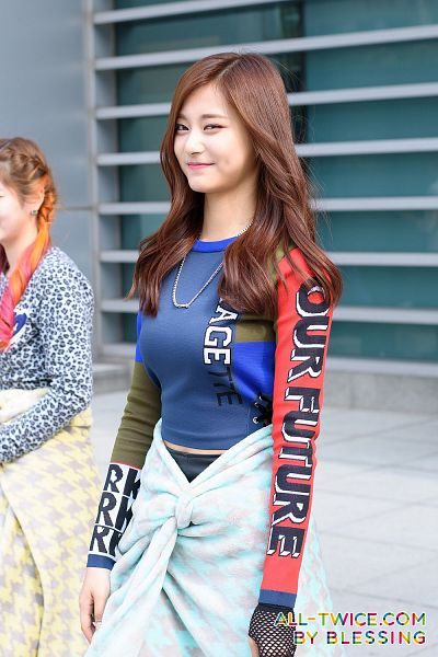 Tags: K-Pop, Twice, Tzuyu, Black Shorts, Necklace, Blue Shirt, Wavy Hair, Blanket, Shorts, Outdoors, Android/iPhone Wallpaper, All-Twice