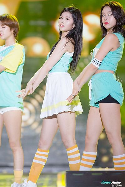 Tags: K-Pop, Twice, Son Chaeyoung, Minatozaki Sana, Tzuyu