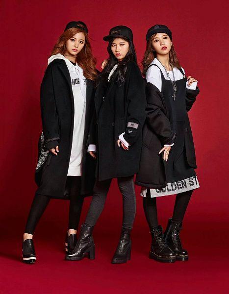 Tags: K-Pop, Twice, Im Nayeon, Tzuyu, Minatozaki Sana