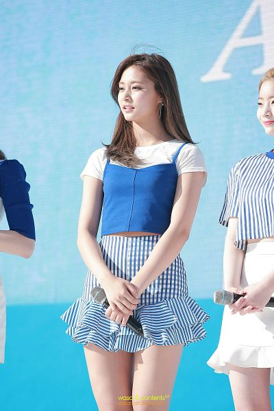 Tags: K-Pop, Twice, Tzuyu, Mobile Wallpaper