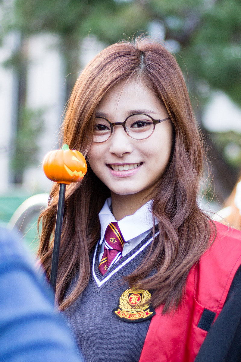 Tags: K-Pop, Twice, Tzuyu, Black Jacket, Costume, Glasses