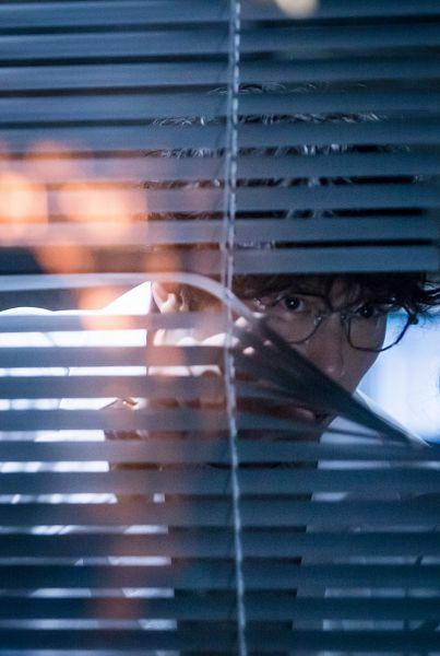 Tags: K-Drama, Um Ki-joon, Shutter, Glasses, I'm Not a Robot