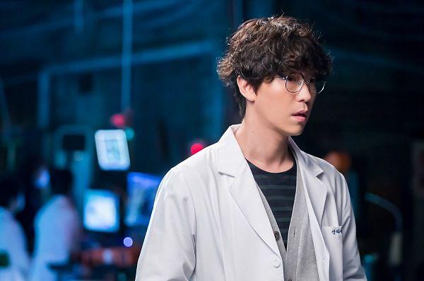Tags: K-Drama, Um Ki-joon, Glasses, I'm Not a Robot