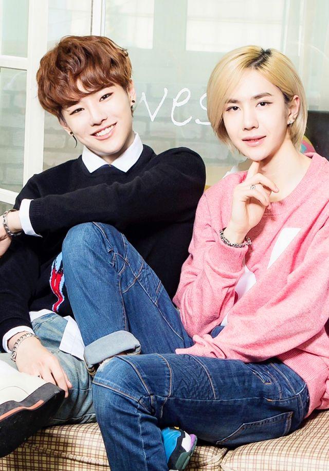 Tags: K-Pop, Uniq, Cho Seung-yeon, Wang Yibo, Group