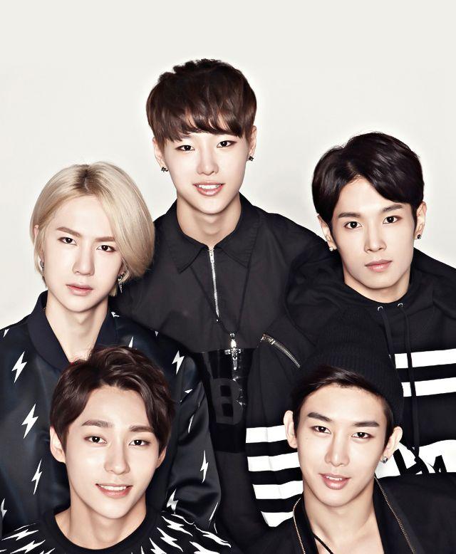 Tags: K-Pop, Uniq, Zhou Yixuan, Wang Yibo, Li Wenhan, Kim Sungjoo, Cho Seung-yeon, Group