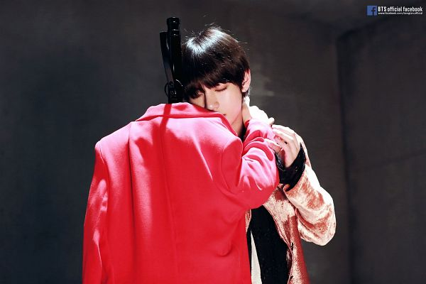 Tags: K-Pop, BTS, Singularity, V (Kim Taehyung), Indoors, Coat, Hand On Neck, Doll, Mannequin, Text: URL, Red Jacket, Open Coat