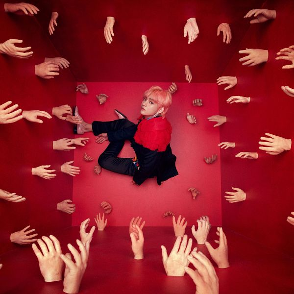 Tags: K-Pop, BTS, V (Kim Taehyung), Pink Hair, Collar (Clothes), Black Pants, Ring, Pink Footwear, From Above, Red Background, Love Yourself: Answer, Twitter