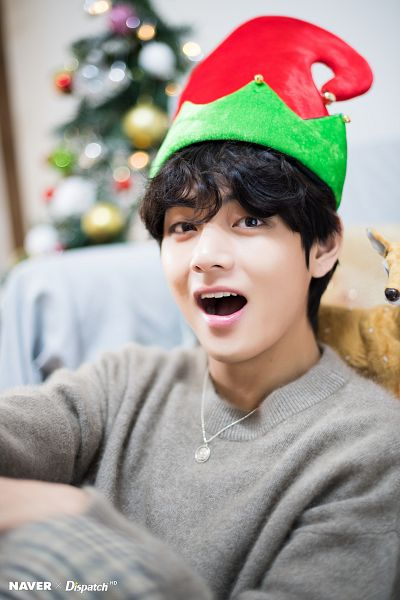 Tags: K-Pop, BTS, V (Kim Taehyung), Christmas, English Text, Wavy Hair, Dispatch