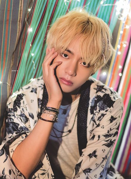 Tags: K-Pop, BTS, V (Kim Taehyung), Bracelet, Hand On Head, Light Bulb, Head Tilt, Hand On Cheek, Striped Background, Coat, Black Eyes, Wide Sleeves