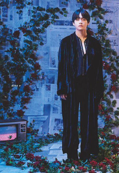 Tags: K-Pop, BTS, Singularity, V (Kim Taehyung), Black Jacket, Television, Rose (flower), Flower, Serious, Robe, Red Flower, Black Pants