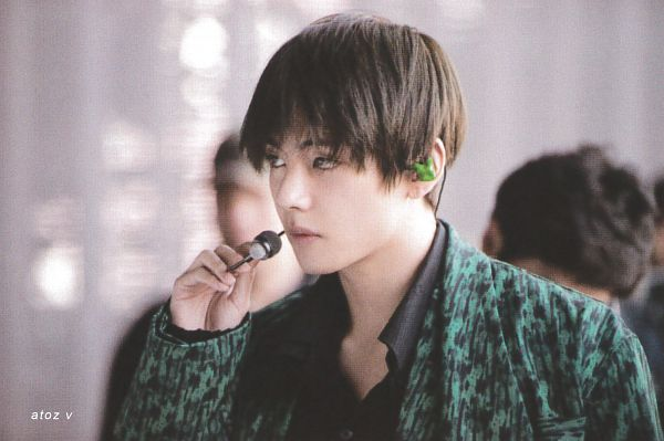 Tags: K-Pop, BTS, Singularity, V (Kim Taehyung), Earbuds, Green Outerwear, Serious, BTS Memories of 2019, Scan