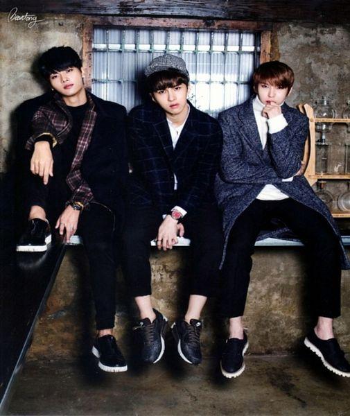 Tags: K-Pop, VIXX, N (singer), Ken, Leo, Checkered Shirt, Black Shirt, Checkered, Trio, Gray Jacket, Checkered Jacket, Full Body