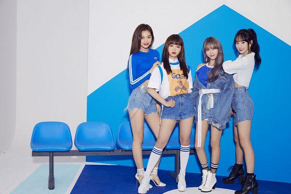 Tags: K-Pop, WJMK, Weki Meki, Cosmic Girls, Doyeon, Choi Yoo-jung, Lee Luda, SeolA, White Footwear, Shoes, Hand On Shoulder, Denim Shorts