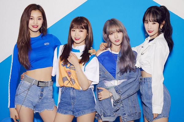 Tags: K-Pop, Weki Meki, Cosmic Girls, WJMK, SeolA, Doyeon, Choi Yoo-jung, Lee Luda, Ponytail, Nail Polish, Skirt, Blue Shirt