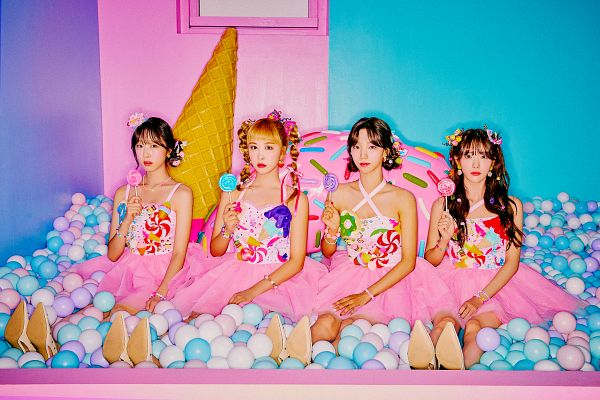 Tags: K-Pop, WJSN CHOCOME, Cosmic Girls, Park Soobin, Yeoreum (Cosmic Girls), Im Dayoung, Lee Luda, Matching Outfit, Bare Legs, Twin Tails, Pink Headwear, Medium Hair