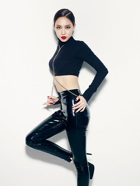 Tags: K-Pop, Miss A, Hush, Wang Feifei, Black Outfit, Light Background, Collar (Clothes), White Background, Turtleneck