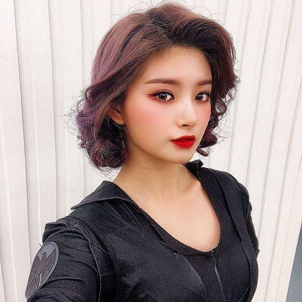 Tags: K-Pop, Everglow, Wang Yiren