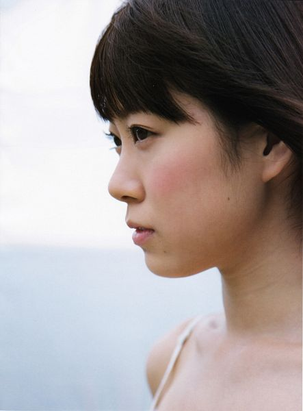 Tags: J-Pop, AKB48, NMB48, Watanabe Miyuki, Sleeveless, Blunt Bangs, Bare Shoulders, Light Background, Side View, Sleeveless Dress, White Outfit, White Dress