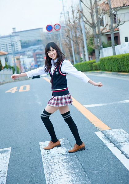 Tags: J-Pop, AKB48, NMB48, Watanabe Miyuki, Full Body, Checkered Skirt, Vest, Checkered, School Uniform, Gray Skirt, Black Outerwear, Thigh Highs
