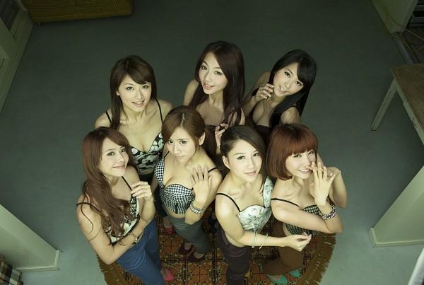 Tags: Weather Girls, Hijon, Mini, Esse, Mia (Weather Girls), Daraa, Nuenue, Yumi