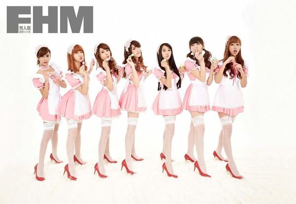 Tags: C-Pop, J-Pop, Weather Girls, Daraa, Nuenue, Yumi, Hijon, Mini, Esse, Mia (Weather Girls), High Heels, Maid Outfit