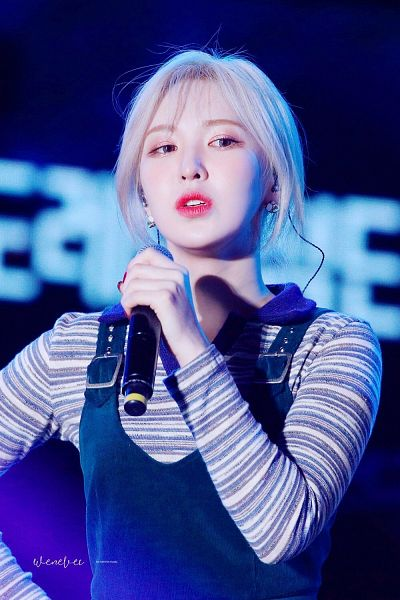 Tags: K-Pop, Red Velvet, Wendy, Blue Eyes, Striped, Looking Down, Striped Shirt, Make Up, Holding Object, Overalls