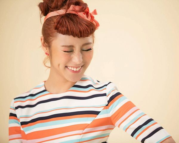 Tags: K-Pop, Mamamoo, Ahh Oop!, Wheein, Striped Dress, Hair Up, Eyes Closed, Red Hair