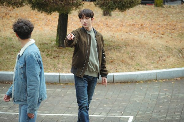 Tags: K-Drama, K-Pop, Got7, Eun Hae-sung, Park Jinyoung (Junior), Pointing, Jeans, Brown Outerwear, Two Males, Denim Jacket, Duo, When My Love Blooms