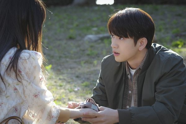 Tags: K-Pop, K-Drama, Got7, Park Jinyoung (Junior), Jeon Sonee, Holding Hands, Looking At Another, Duo, When My Love Blooms