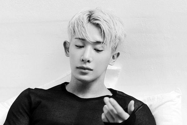 Tags: K-Pop, Monsta X, Wonho, The Star, Magazine Scan, Wallpaper