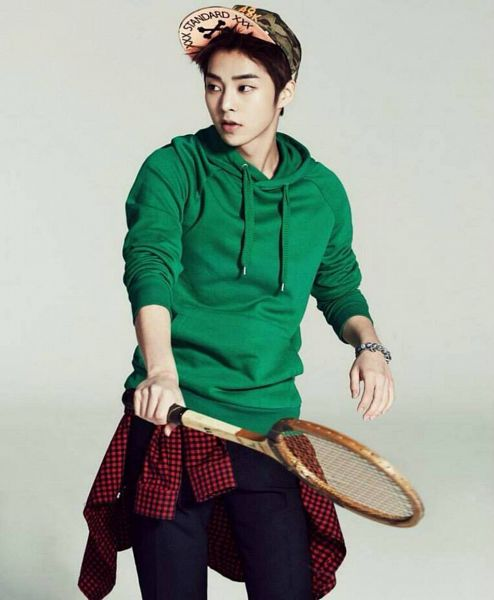Tags: K-Pop, EXO, EXO-M, Xiumin, Hoodie, Green Headwear, Bracelet, Red Shirt, Black Pants, Tennis Racket, Tennis, Checkered Shirt