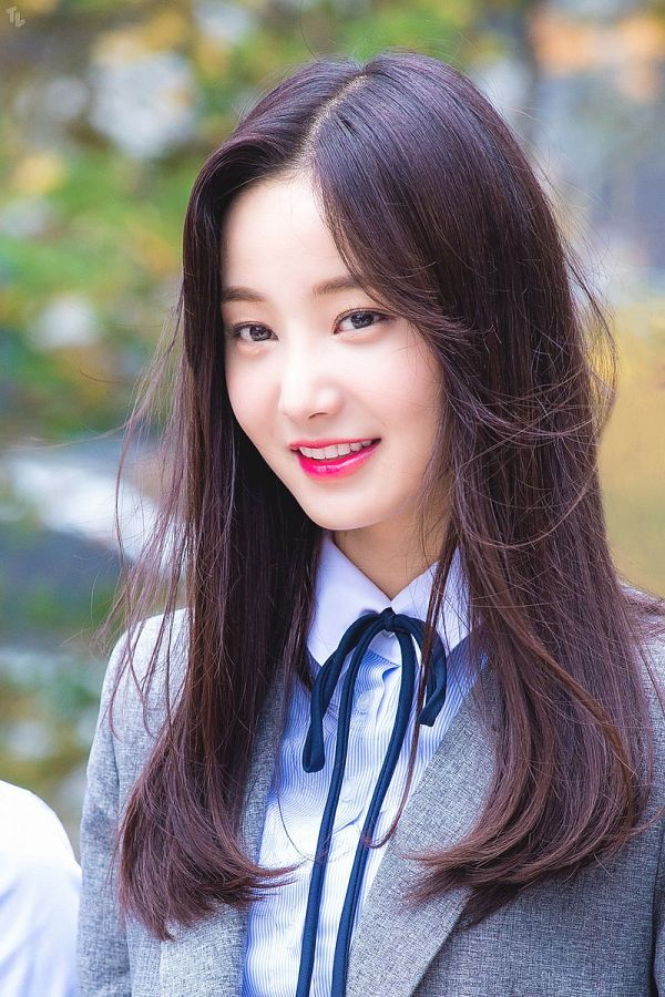 Tags: Momoland, Yeonwoo, Gray Jacket, Black Bow, Gray Outerwear, Bow