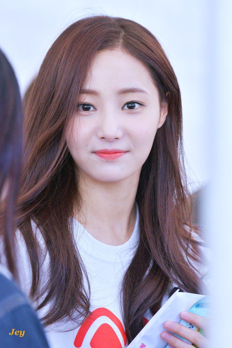 momoland yeonwoo