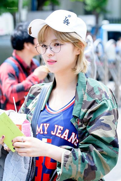 Tags: K-Pop, Twice, Yoo Jeongyeon