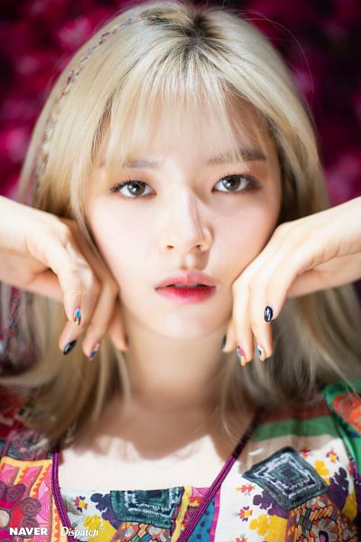 Tags: K-Pop, Twice, Yoo Jeongyeon, Hand On Head, Nail Polish, Make Up, Pink Background, Hand On Cheek, Multi-colored Shirt, Dispatch
