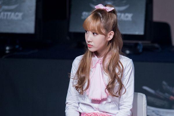 Tags: K-Pop, Lovelyz, Yoo Jiae, Hair Up, Ponytail