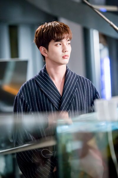 Tags: K-Drama, Yoo Seung-ho, Serious, Striped, Dressing Gown, Striped Outfit, I'm Not a Robot