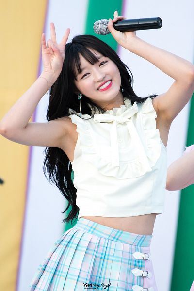 Tags: K-Pop, Oh My Girl, Yooa, Android/iPhone Wallpaper