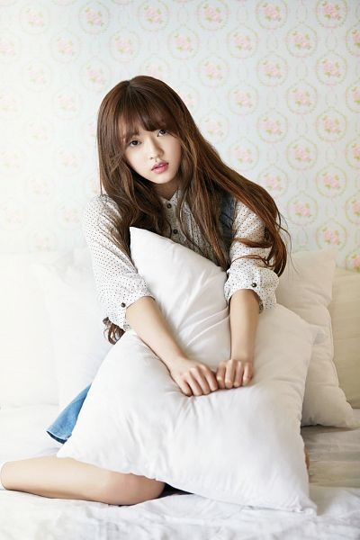 Tags: K-Pop, Oh My Girl, Yooa, Blue Skirt, Pillow, Skirt, Android/iPhone Wallpaper