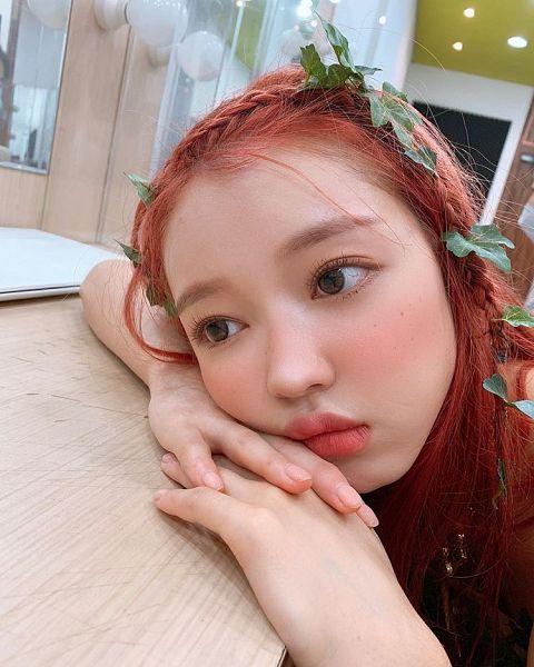 Tags: K-Pop, Oh My Girl, Yooa, Freckles, Red Hair, Facial Mark, Bon Voyage