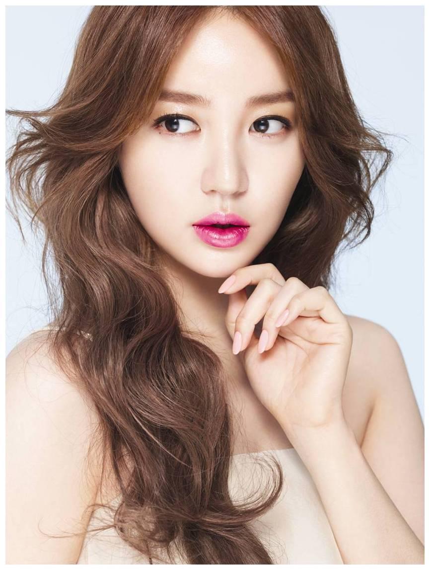 Eun-hye Yun Nude Photos 28